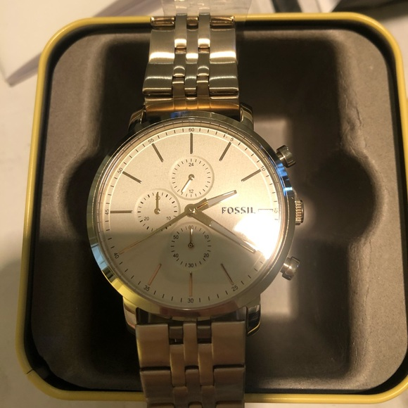 Fossil watch. Brand new never worn. [ORG $175]